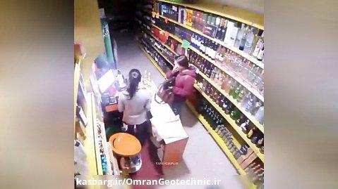 زمین لرزه وحشتناک از نگاه دوربین یه فروشگاه!