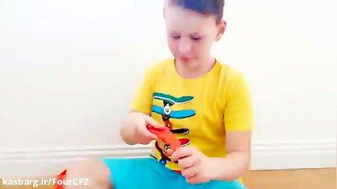 برنامه کودک آدریاناشو داستان خوردن پرینگلز با ابر قهرمانان